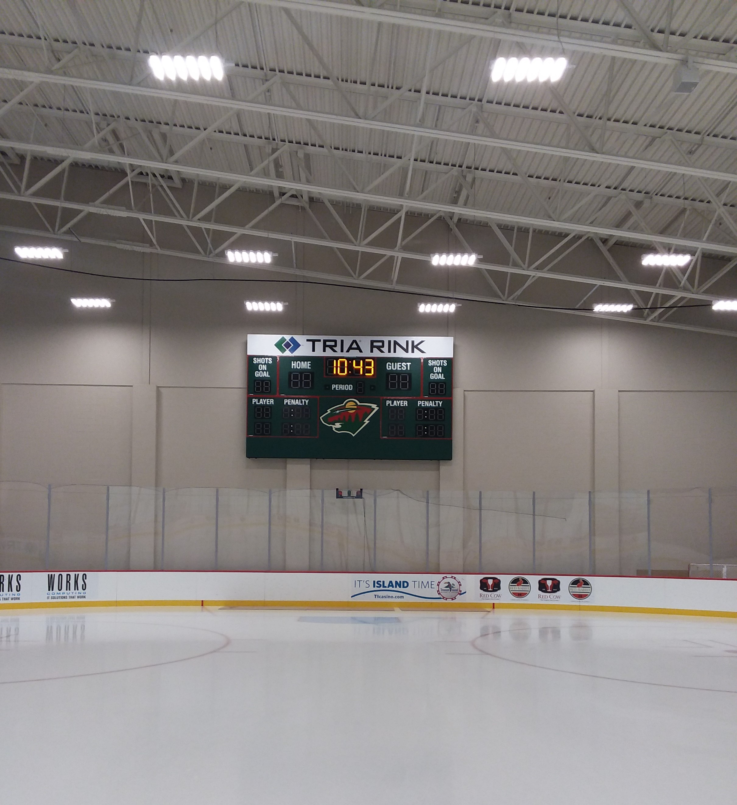 Hockey rink score sign